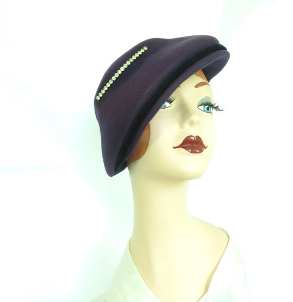 Vintage purple hat, woman's 1940s tilt, rhineston… - image 6