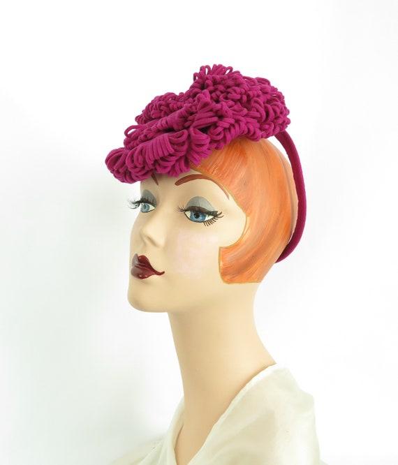 Vintage tilt hat, 1940s fuchsia pink fascinator, w