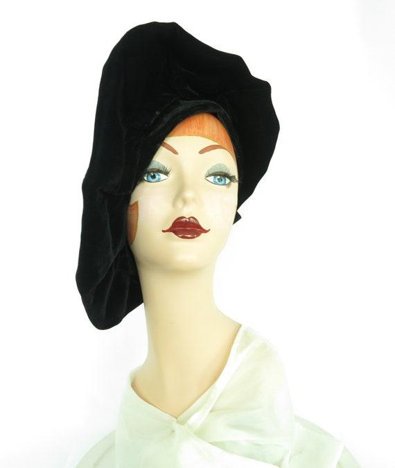 Woman's 1940s platter hat. Vintage black beret, v… - image 8
