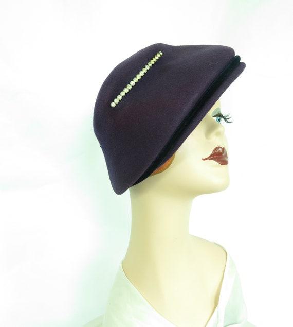 Vintage purple hat, woman's 1940s tilt, rhineston… - image 9