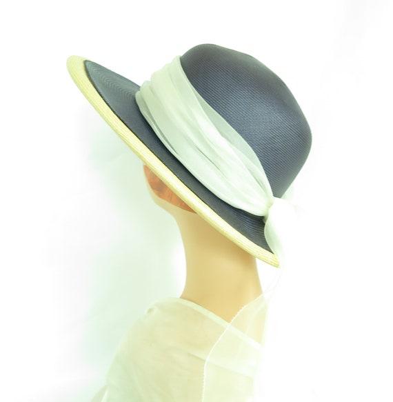 Vintage straw hat, woman's blue summer 1970s hat,… - image 5
