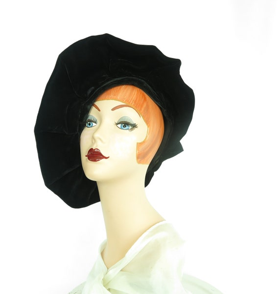 Woman's 1940s platter hat. Vintage black beret, v… - image 9