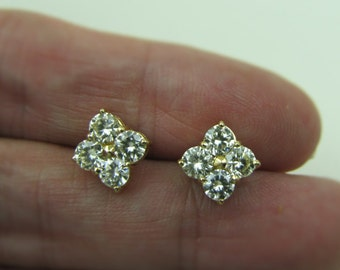 14K Gold Diamond Invisible Set Quatrefoil Stud Earrings. 2.5 Carat Near Colorless With Appraisal Classic Fine Vintage Bridal Wedding Jewelry