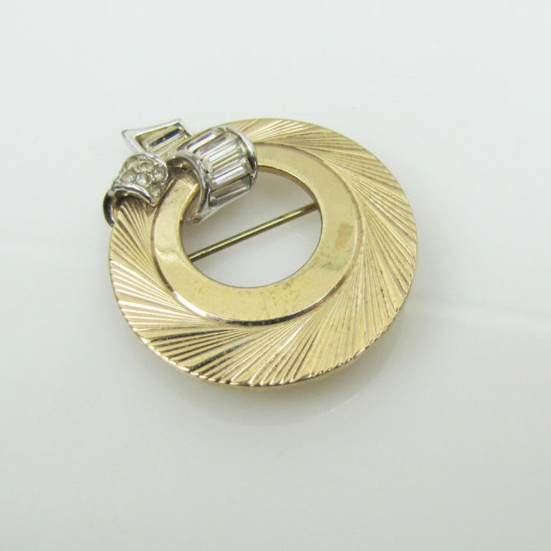 947187387da Boucher Art Deco Design Circle Brooch. Gold Wreath Pin Channel | Etsy