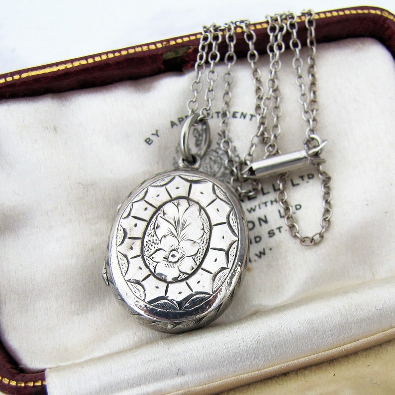 Antique Victorian Locket Necklace. Sterling Silver. Double image 0