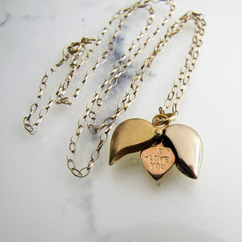 18ct Gold Heart Pendant Necklace. Tricolor Gold I Love image 0