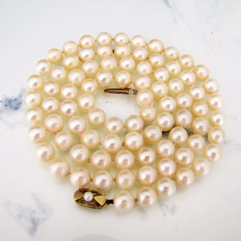 Long Cultured Pearl Necklace 9ct Gold Clasp. Vintage image 0