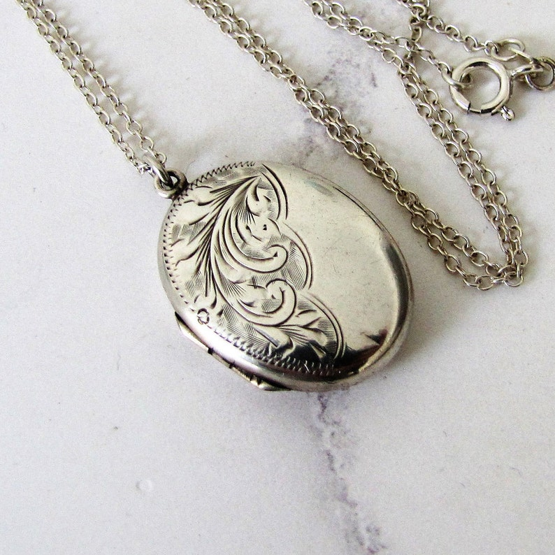 Vintage 1950s Sterling Silver Locket On Chain. Victorian Style image 0