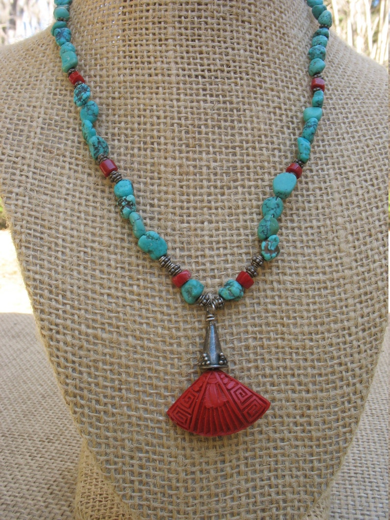 Adjustable To 17 A Turquoise Coral And Silver Bead Pendant Necklace With Sterling Clasp..