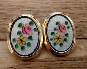 Vintage Clip on Floral earrings