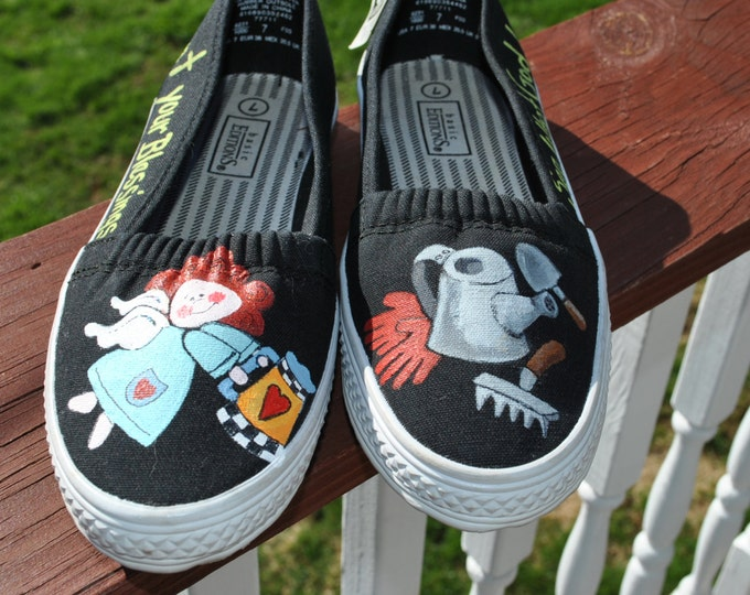Fun Little Gardening Hand Painted Shoes size 7 SOLD