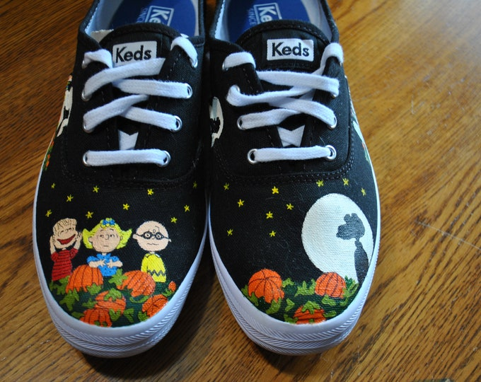Custon Keds Happy Great Pumpkin Charlie Brown and the gang... sorry sold just a sample