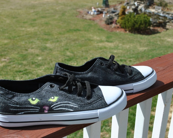 Cat Eyes hand painted Airwalk sneakers size 7.5 - Sold