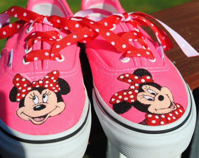 Sold  Just finished painting Minnie Mouse on hot pink Vans size 13.0   sold