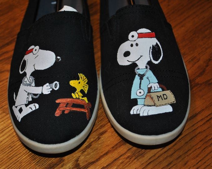 SNOOPY DR. size 8.5 Snoopy Vet shoes or doctor shoes -sold