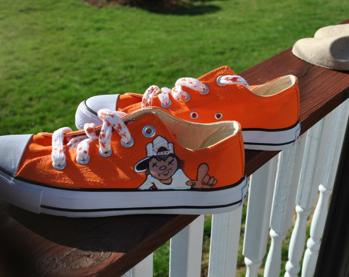 For Sale Funky Orange Hand Painted Airwalk Sneakers size 6w or 4 boys  READY TO SHIP