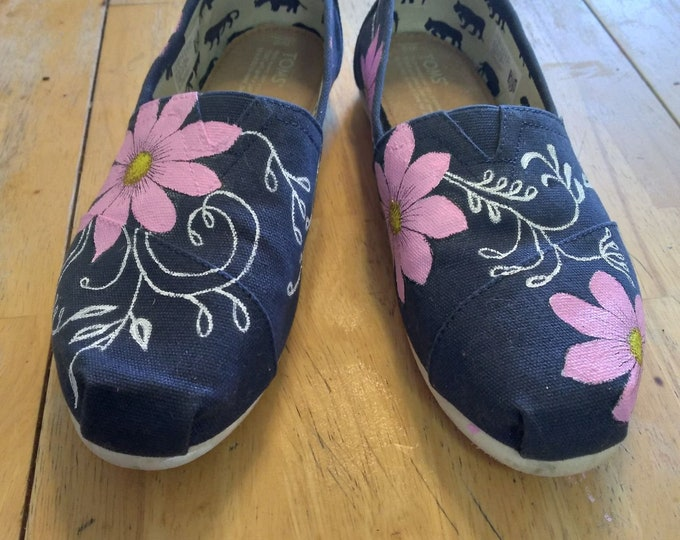 Custom toms are waiting for you, these pink flower with swirls are a pair of hand painted pieces