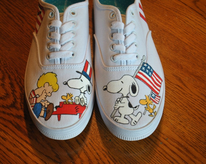 Ready to Ship  Snoopy enjoying Memorial day or the 4th of July.... size 9.5 womens true to fit FOR SALE