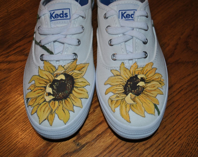 Ready to Ship ... New Handpainted Sunflower shoes size 6.5 Keds, Ready to ship For Sale