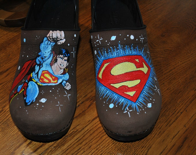 Ready to ship ***** Brown waterproof Sanita Nursing shoes With Superman and His Icon... Size 44 Med, Mens