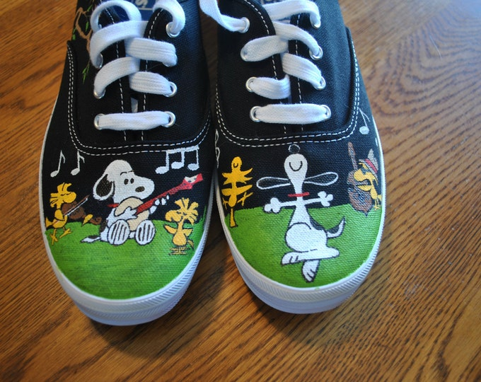 New Hand Painted Snoopy design snoopy with a banjo and woodstock w/ fiddle  on keds -  sold