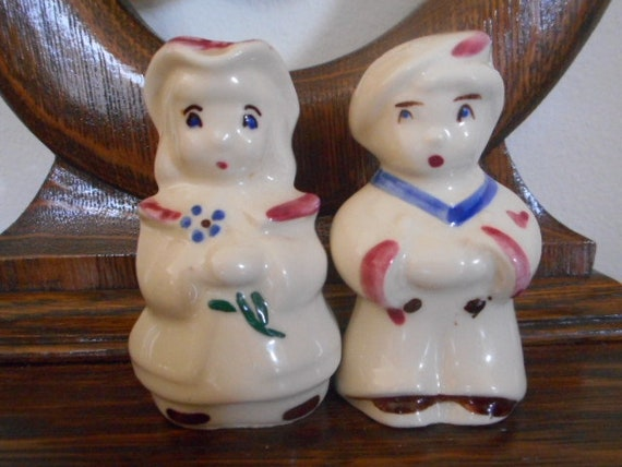 Vintage Shawnee Little Boy Blue Bo Peep Salt and Pepper Shakers            18