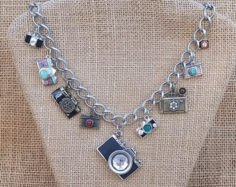 Shutterbug Vintage Camera Pendant & Old Fashioned Camera Charm Necklace 21 Inches Length