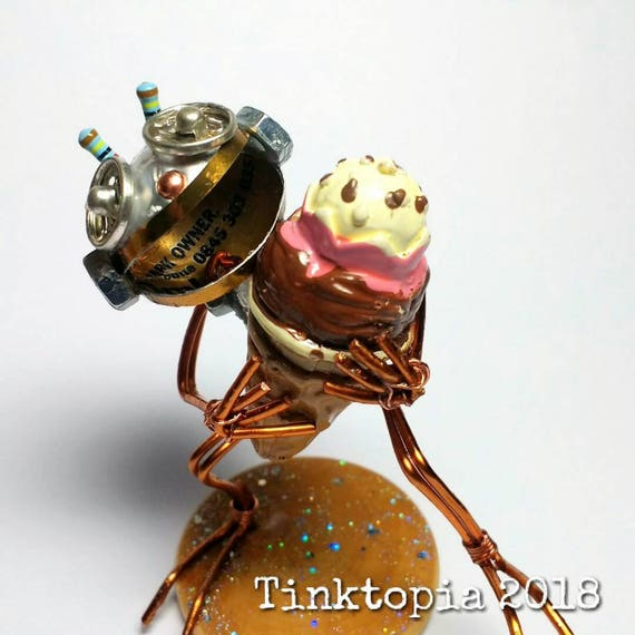 SALE! Valentine/'s day gift valentine Tiny hand made metal art recycled tin robot Love message Buz the scavenger-bot by Tinktopia