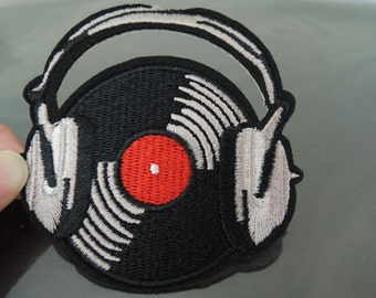 Iron on Patch - Gramophone Record Patch Phonograph Record with Headphone Patches Large Iron on Applique Embroidered Patch Sewing Patch