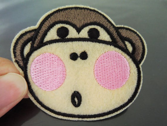 2 MONKEY FACE PATCH IRON ON APPLIQUE BRAND NEW ~USA SELLER~