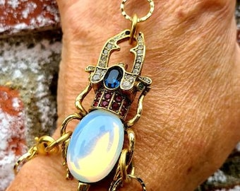 Hand chain ~ Egyptian Revival Style jewelry ~ scarab bracelet ~ scarab hand chain bracelet