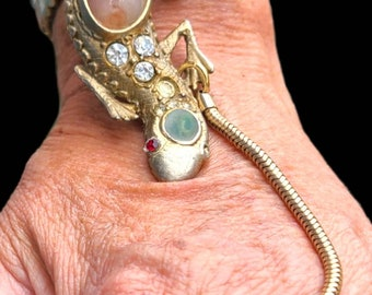 Ring Bracelet ~ Hand chain and ring ~ Art Deco ~ Gecko ~ Antique Rhinestone Salamander bracelet with stones ~ ONE of a KIND