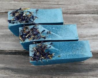 Fresh Linen botanical soap handmade cornflowers bee balm blue flower petals gardenia violets lavender amber hand crafted bars