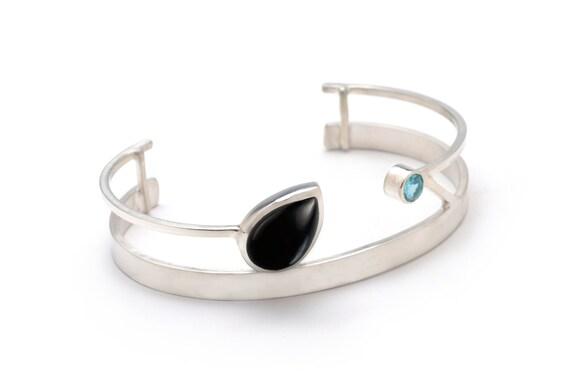 Double Gemstone Bracelet Customizable Cuff Bracelet Hammered Cuff Bracelet Gift Black Onyx Bracelet Onyx Bracelet Onyx Cuff Bracelet
