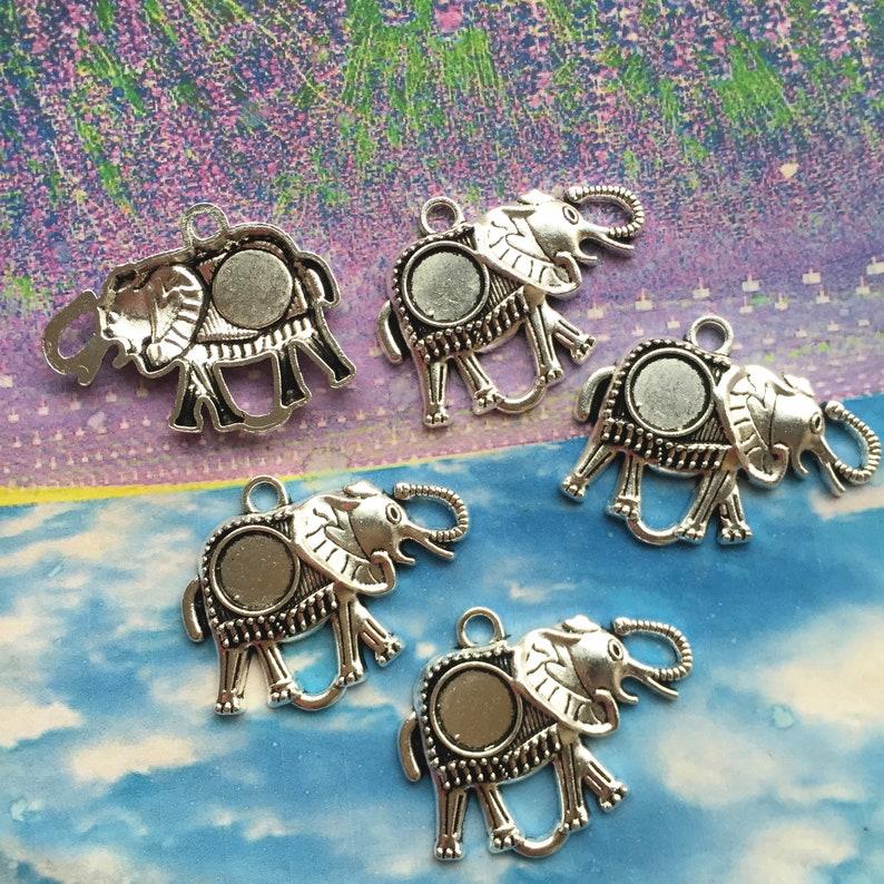 6pcs 41x33mm antiqued silver filigree Elephant round bezel pendant blanks 10mm cabochon size