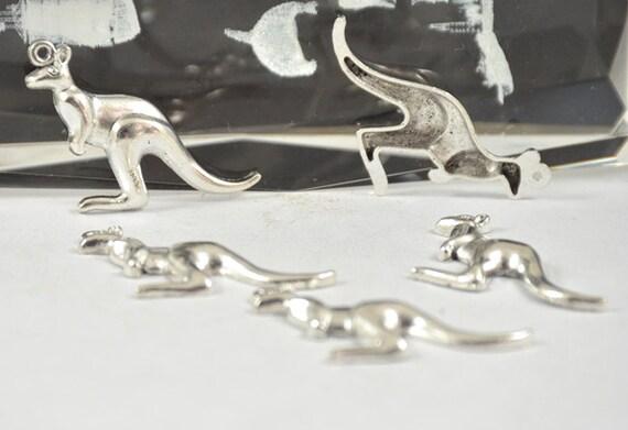 Fournitures de 10pcs vente de bijoux en argent tibétain Antique grand kangourou pendentifs perles trouver perles filigrane 46mmx22mm raccord