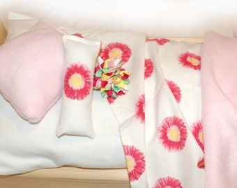 19U Bedding / Linens for 18 inch/American Girl Doll Beds