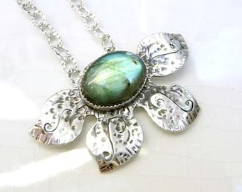 Labradorite Lilly Necklace -  Sterling Silver, Designer Chain, Pendant, Gift - Magic Stone