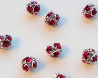 NEW GORGEOUS Set of  (12) Swarovski Crystal 5 MM Rounds in Gorgeous Siam Wholesale