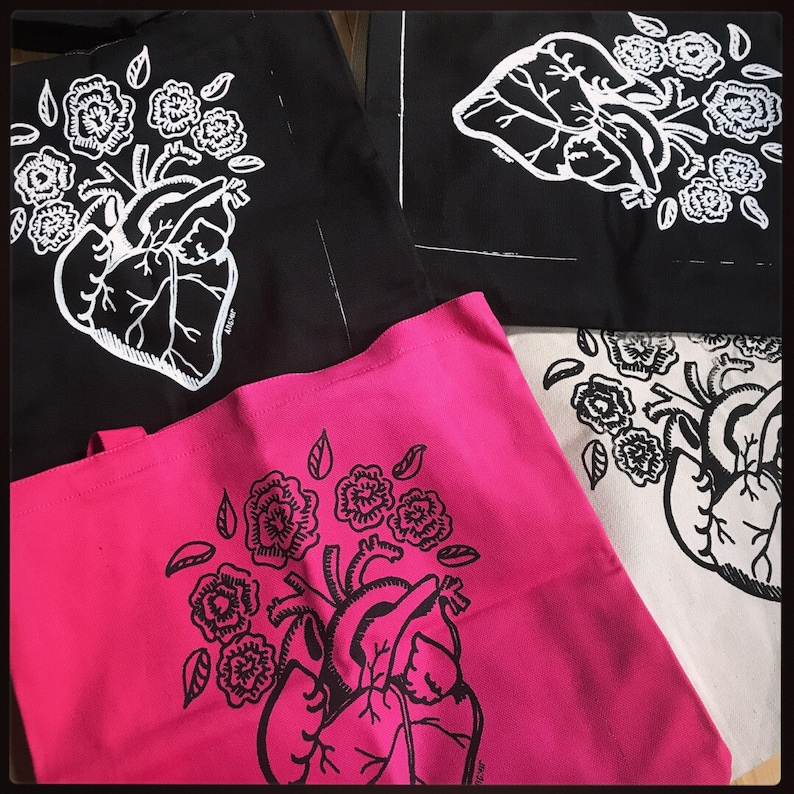 Screen print tote bag Anatomical heart with flowers  coraz\u00f3n con flores