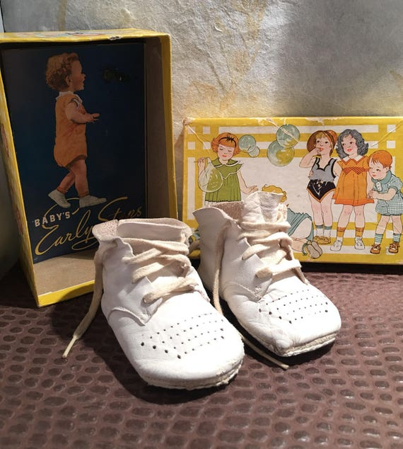 Childrens White Leather Wee Walker Juniors from th