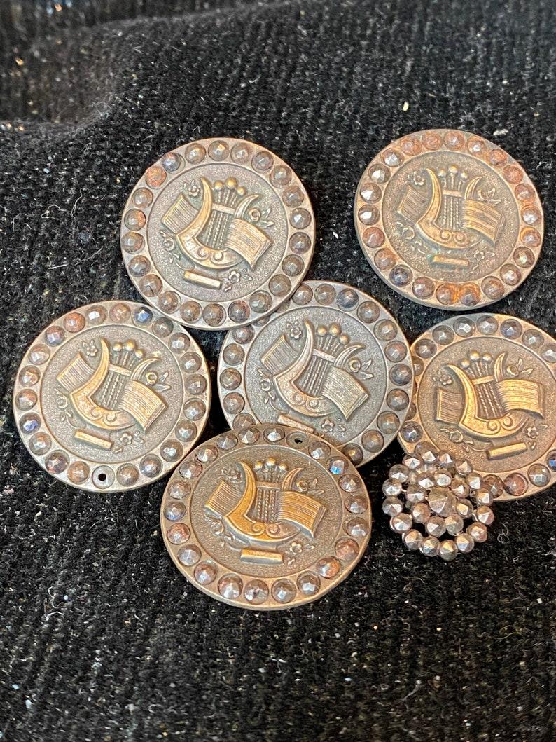 Beautiful Steel Cut Lire Design Buttons
