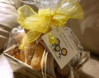 SPOIL ME Basket of Delicious Gourmet Dog Treats