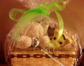 HAPPY SNUGGLES Dog Gift Basket