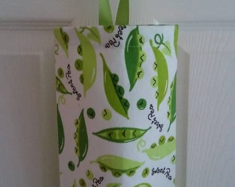 "Plastic Grocery Bag Holder, Dispenser, Storage, Hostess Gift, Grab Bag Gift, ""Peas in a Pod!"""