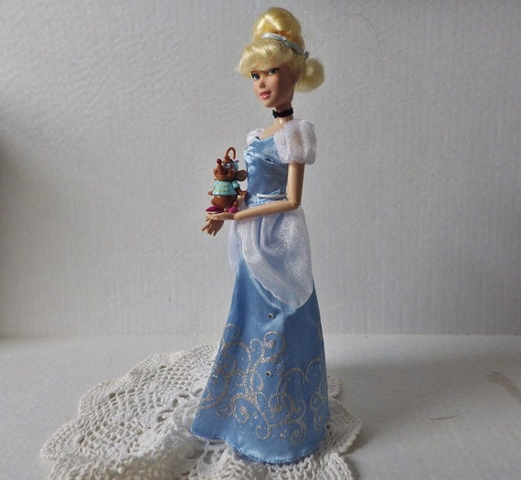New 14 Inch Disney Cinderella And Gus Gus Tea Time For Two Dolls And Set!