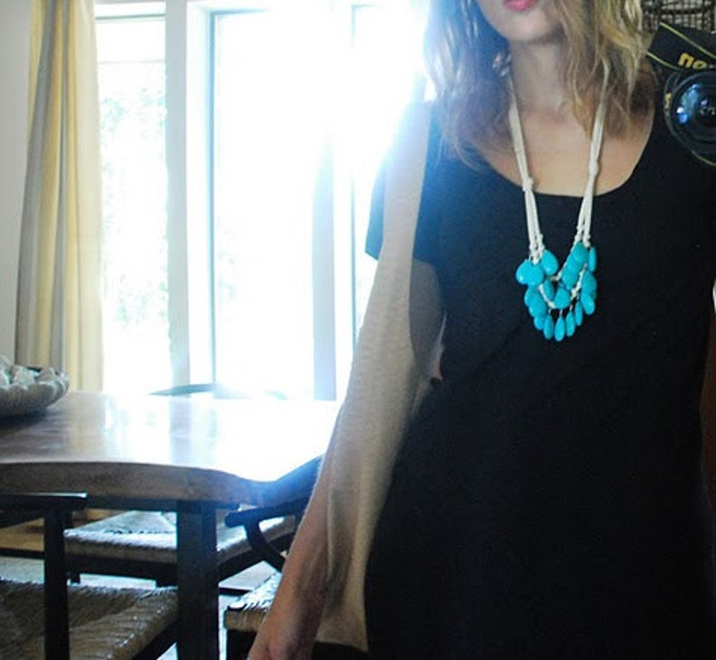 turquoise and cream necklace image 0