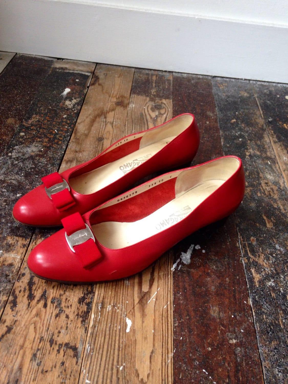 Red Salvatore Vara Ferragamo Vara Salvatore pumps shoes 10C 355265