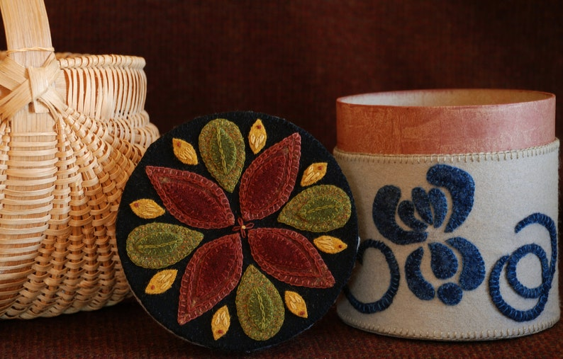 Wool Applique Pattern Kit \u201cGinger Box\u201d 5\u2033 x 5\u2033 primitive fabric covered round paper mache spice box stoneware crock hand dyed wool fabric