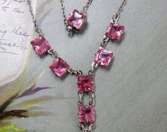 1930s Pink Crystal Czechoslovakia Necklace   NEF13